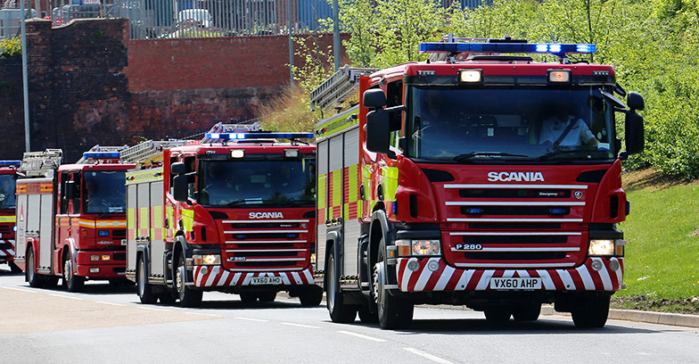 Hwfrs fire engine convoy