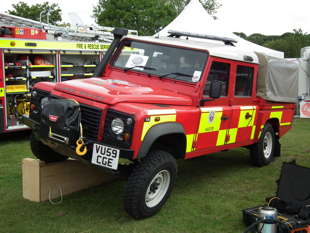 Land Rover Defender Hereford Amp Worcester Fire And Rescue