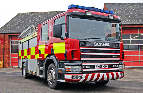 scania fire engine hereford worcester fire and rescue service